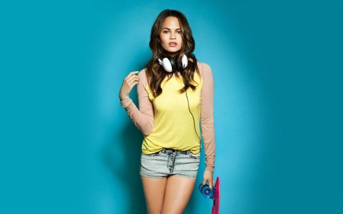 Christine Teigen Hottest SI Swimsuit Models