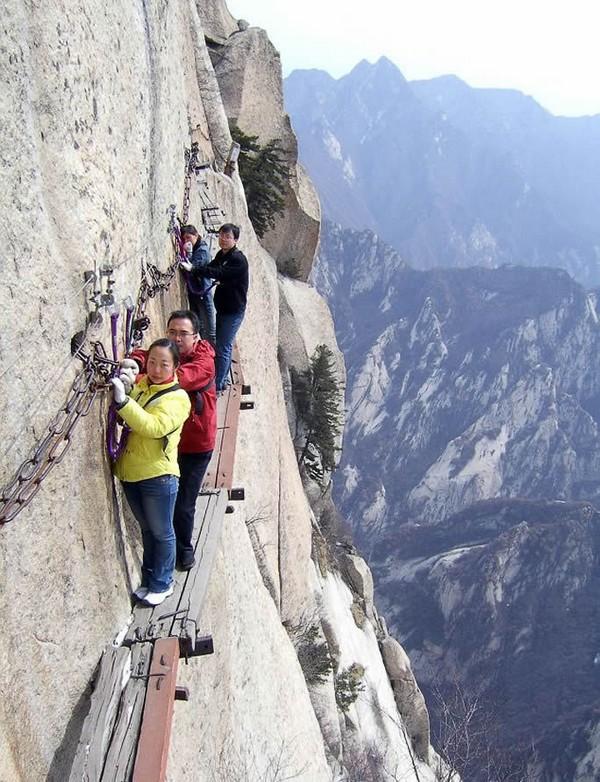 China's mt Huashan Death trail