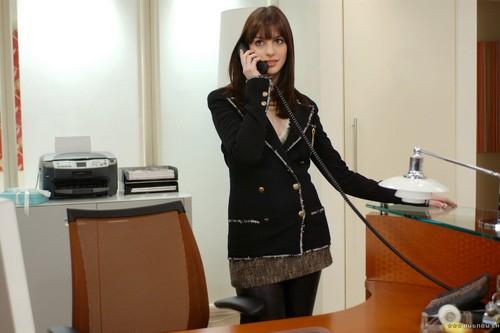 Anne Hathaway (The Devil Wears Prada)