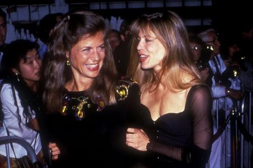 Linda and Leslie Celebrity Twins