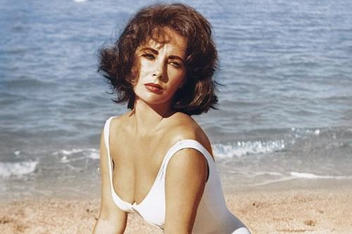 Sexy Lady Elizabeth Taylor