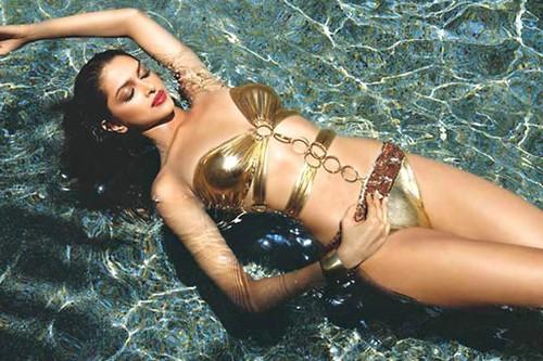 Deepika Padukone Hot Swimsuit