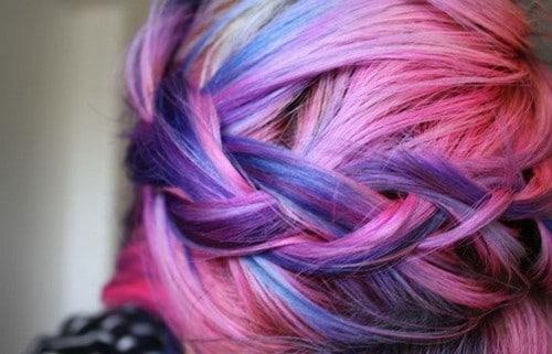 Multicolor hairdo