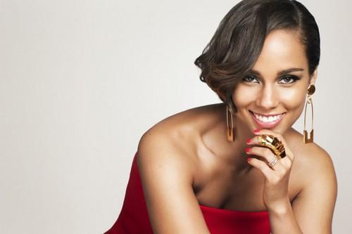 Alicia Keys Black Beauties Acing the Hollywood like Queen
