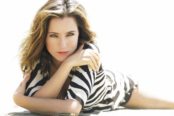 Tea Leoni Sexiest TV Series Actresses