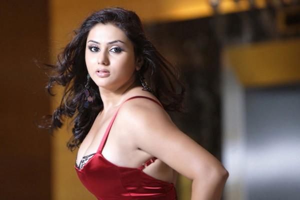 Sexy new tamil actress