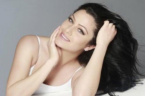 Hot and sexy Jonelle Filigno
