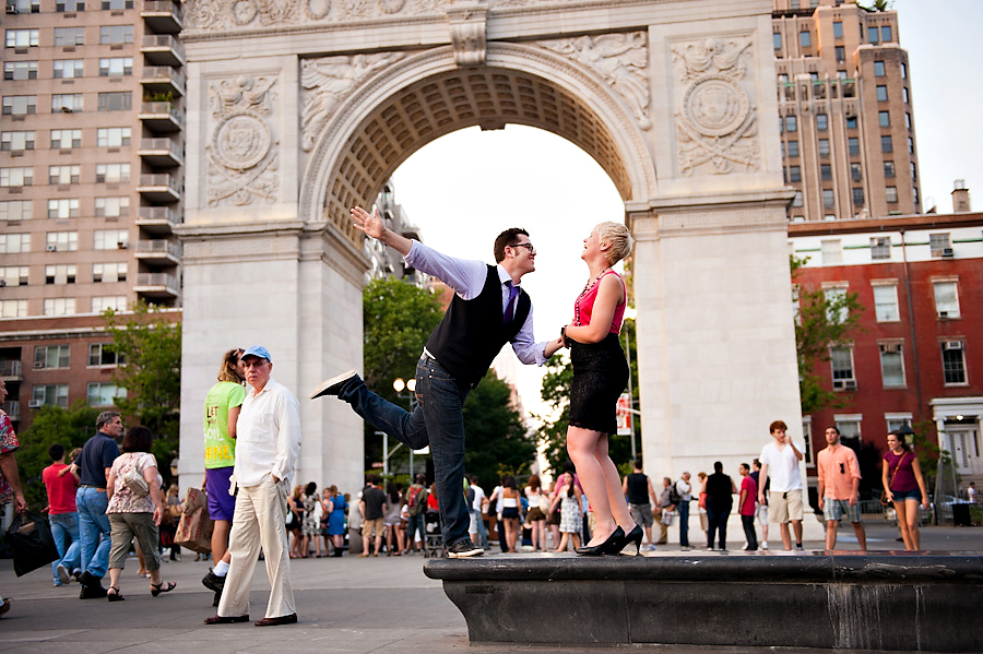 Washington-Square-Park-Engagement-Photos-15