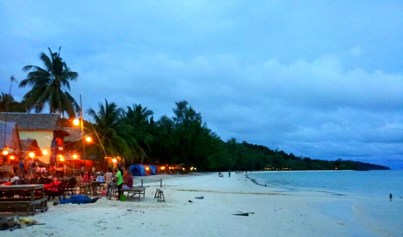 beach at night in koh rong