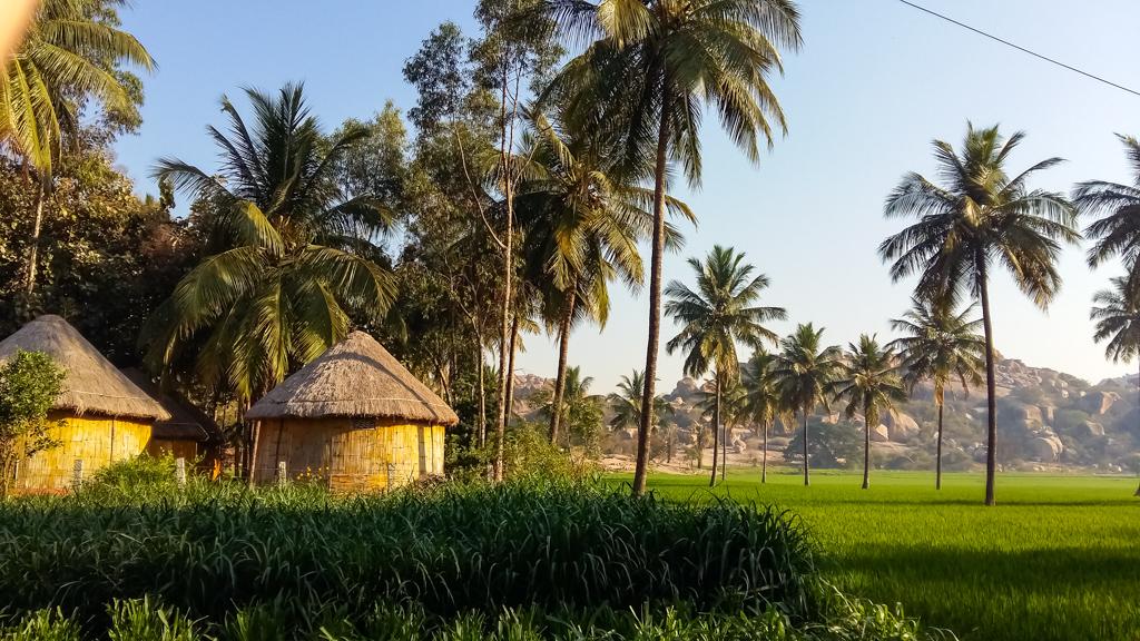 hampi huts