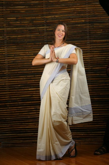 Anna dressing up in a sari as part of the Kerala Blog Express working with Kerala Tourism to promote travel to Kerala, India