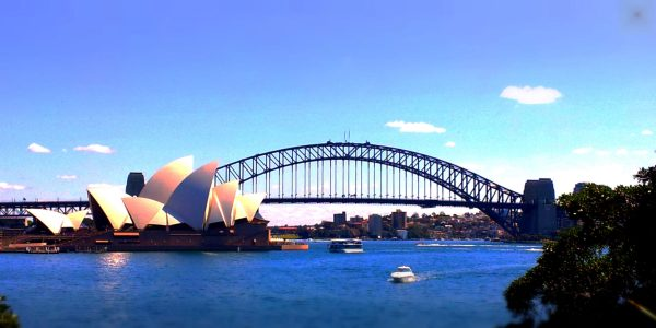 sydney harbour and opera house view 900 x 450 darker