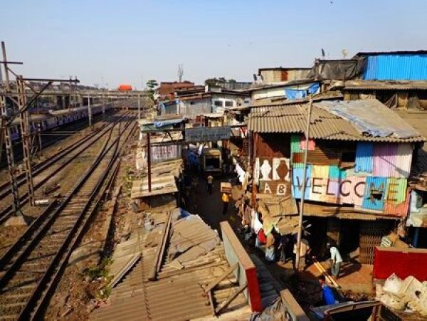 The start of the Dharavi slum tour