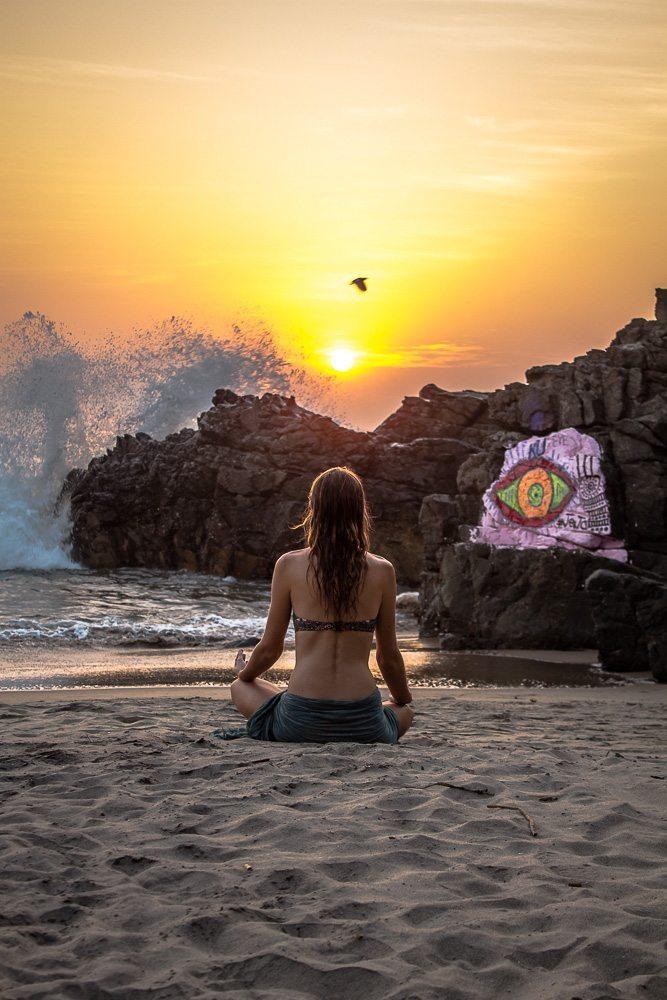 Sunset in Arambol, Goa, Global Gallivanting, Anna Phipps
