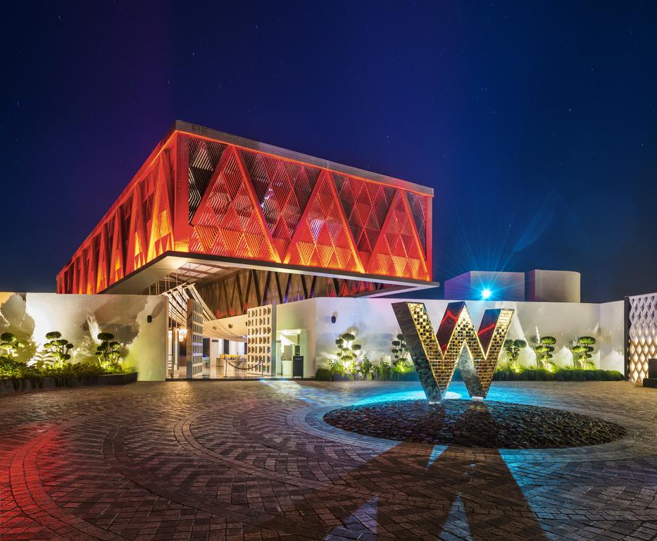 the new W hotel has become of my favourite luxury hotels in Goa