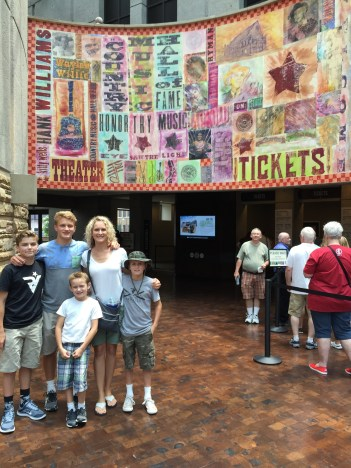 family vacation tennessee