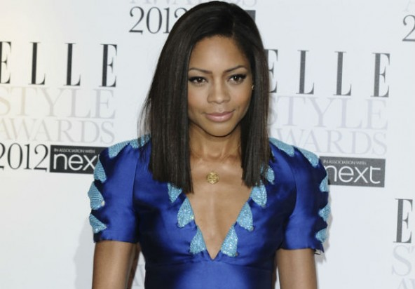 Naomie Harris on the red carpet. Photo Credit: Ecorazzi