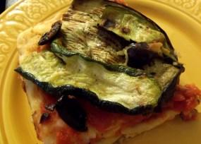 Delicious pan pizza, sans the cheese! Photo Credit: Elana Pisani (VEGAN RECIPE)