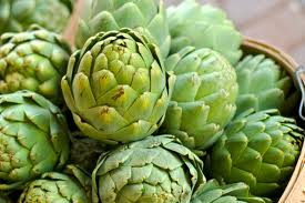 The Artichoke is a low-calorie, antioxidant-rich vegetable that not only tastes delicious, but is a great source of fiber,  vitamin C, folate and magnesium.