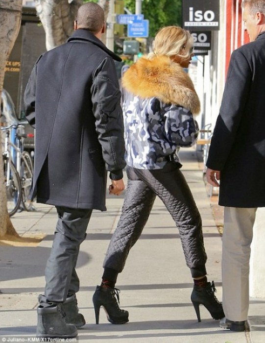 "Beyonce and husband Jay Z are inspired to switch to a vegan diet for 22 days. Pictured in a fur collared coat, it looks like the ""Single Lady"" singer is ready to adopt a fully-vegan lifestyle, but it's a positive start./Photo credit: Juliano-KMMX17online.com"