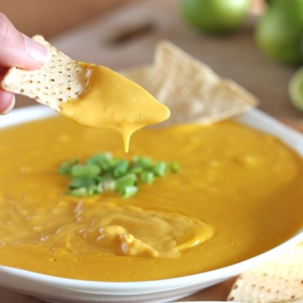 Try these cashew cheese nachos for the Super Bowl. (VEGAN/VEGETARIAN)