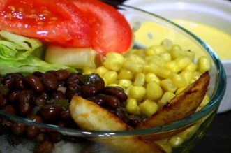 (VEGAN/VEGETARIAN RECIPES) Try this Cuban inspired dish with yummy sweet plantains.