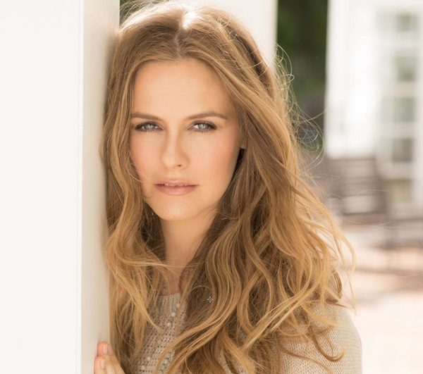 Alicia Silverstone, Cruelty Free International, Cosmetic Testing, Cosmetic Animal Testing