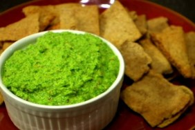 (VEGAN/VEGETARIAN RECIPES) Try this spicy veggie dip for dinner.