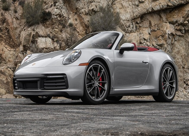 Porsche Is Bent From The Back, In Turn, Becomes Coupe