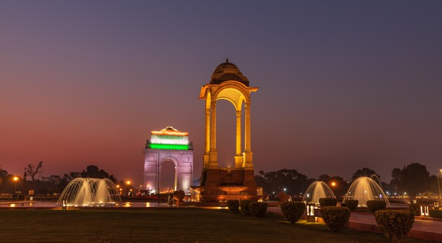 Explore Delhi's Nightlife at these Best Places