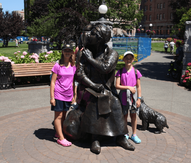 Zoe and I with a statue of Emily Carr