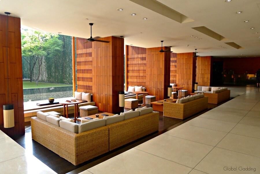 booking hotels save money thailand