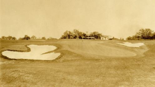 The unmistakable 18th hole, with its severe back-to-front slope