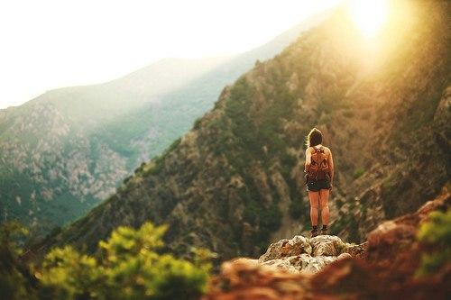 travel-alone-1