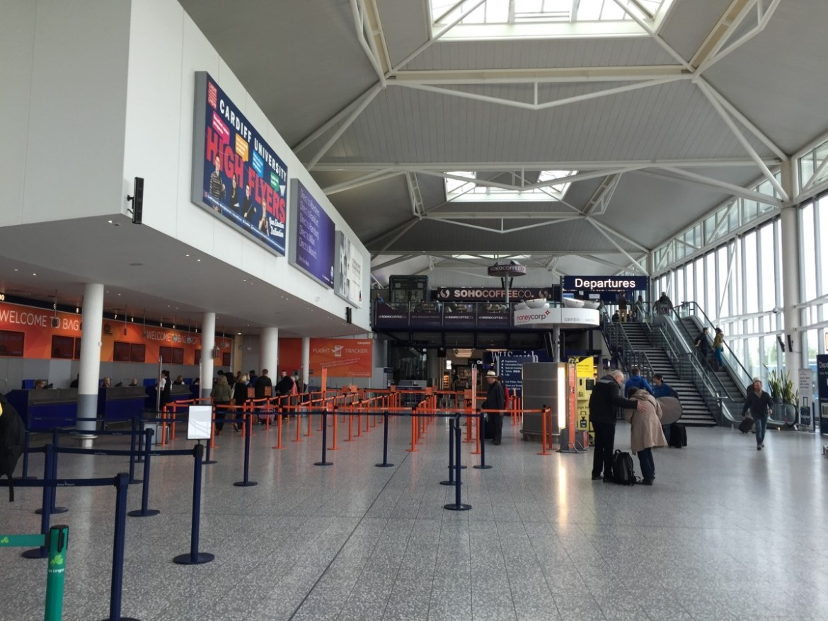The Ultimate Family Guide To Bristol Airport Globalmouse Travels