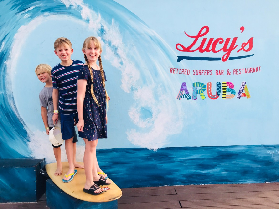 Lucy S Retired Surfers Bar And Restaurant Aruba One Of The