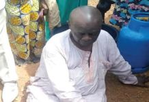 A 67 Year Old Man, Abraham Olayinka Rescued By Sympathizers After Trying To Commit Suicide By Jumping Into Kwara River