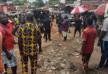Despite the 24 hours curfew Edo People Defy Obaseki's 24 Hour Curfew And Chase Police Officers Away