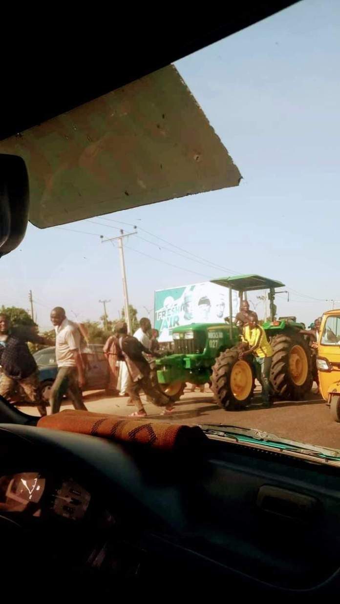 Video Of Adamawa Youths Looting Government Tractor