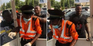 Video Of An Abuja Traffic Warden Victor Daniel Shading Tears After EndSARS Protesters Act Of Kindness To Him