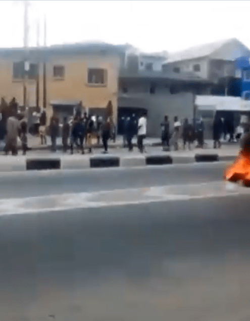Video Of Police And Task Force Repelling Hoodlums Attempt At Computer Village Ikeja