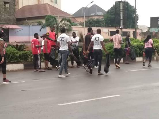 Youths In Anambra State Starts Clean Up Exercise In Awka And Its Environs