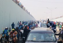 Video Of Bukola Saraki Arriving Kwara State As Kwarans Came Out in Mass To Welcome Him And Chanting We Miss You