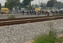 Video Of Police Officers Running As Okada Riders Chase Them In Lagos