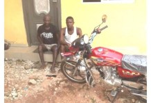 A Brave Female POS Operator Disarms Two Armed Robbers In Edo