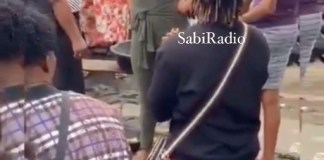 Video Of A Lady Shunning Her Boyfriend As He Kneels Down To Propose To Her At The Market