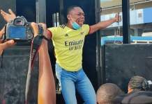Video Of EndSARS Memorial Protester Screaming Let The Whole World Watch As Police Arrest Him In Lagos