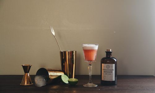10 Best Classic Cocktails for Men (and how to make 'em)