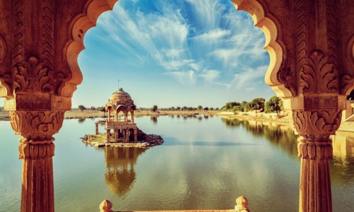 10 Must Visit Travel Destinations in India