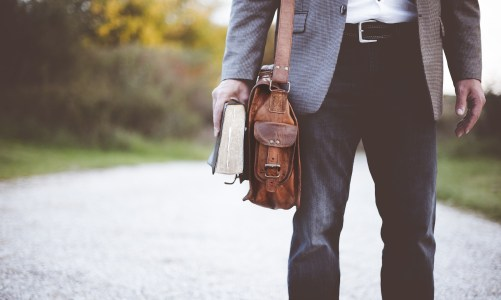 4 Fashion Mistakes Men Over 30 Need to Stop Making